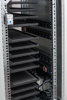 BSregál pro 44 tabletů, 44x230V, Wi-Fi, přídavná kolečka